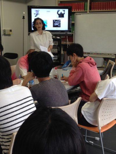 シンガポール国立大学日本学科デボラ・シャムーン先生のレクチャー